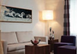 estrel-hotel-suite